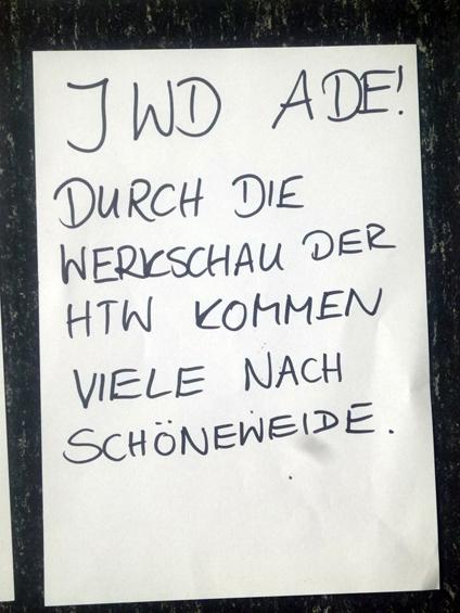 Good bye periphery! HTW design show draws many people to Schöneweide.